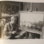 Mastenbroek op zijn 70ste verjaardag poserend bij zijn schilderij 'Na een drukke dag'